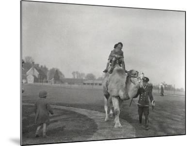 An Arabian Camel Taking a Pair of Children for a Ride at Zsl Whipsnade, March 1932-Frederick William Bond-Mounted Photographic Print