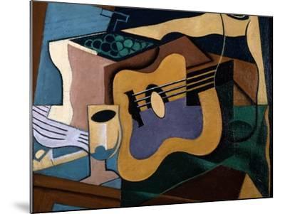 Still Life with Guitar, October-November 1920-Juan Gris-Mounted Giclee Print