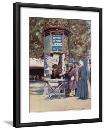 A Kiosque, Paris-Mortimer Ludington Menpes-Framed Giclee Print