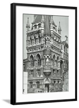 Doulton's Pottery--Framed Photographic Print