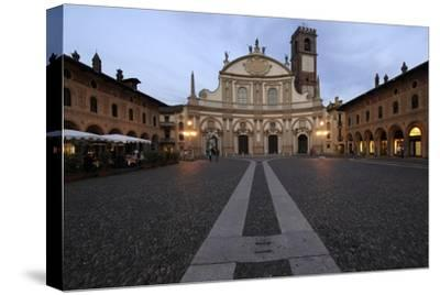 Facade of Vigevano Cathedral (1680)--Stretched Canvas Print