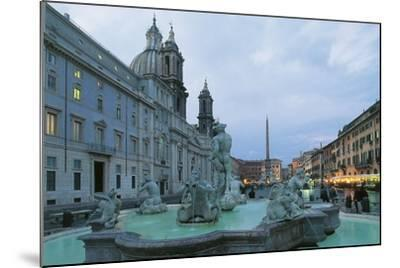 Piazza Navona with Moor Fountain--Mounted Photographic Print