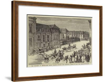 The Congress at Berlin, the Crowd Waiting Outside the Radziwill Palace to See the Plenipotentiaries--Framed Giclee Print