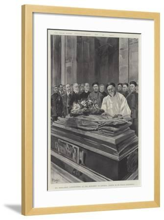 His Excellency Li-Hung-Chang at the Monument of General Gordon in St Paul's Cathedral--Framed Giclee Print