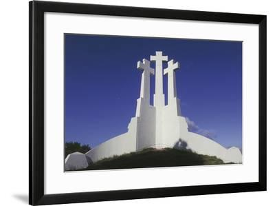 Low Angle View of a Monument, Three Crosses Monument, Vilnius, Lithuania--Framed Giclee Print