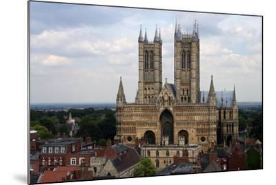 Lincoln Cathedral, Consecrated in 1092, English Gothic Style, Lincoln, Lincolnshire, United Kingdom--Mounted Photographic Print