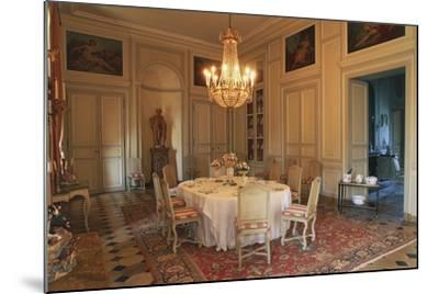 Dining Room in Chateau of La Motte-Tilly, 18th Century, Nogent-Sur-Seine, Champagne-Ardenne, France--Mounted Photographic Print