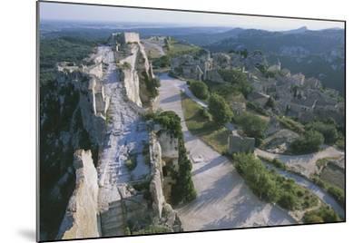 Ruins of Les Baux-De-Provence Castle, Provence-Alpes-Cote D'Azur, France--Mounted Photographic Print
