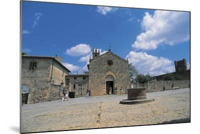 Facade of a Church, Romanesque Church, Piazza Roma, Monteriggioni, Tuscany, Italy--Mounted Photographic Print