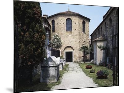 Baptistery of the Basilica of St Euphemia, Late 5th Century, Grado, Friuli-Venezia Giulia, Italy--Mounted Photographic Print