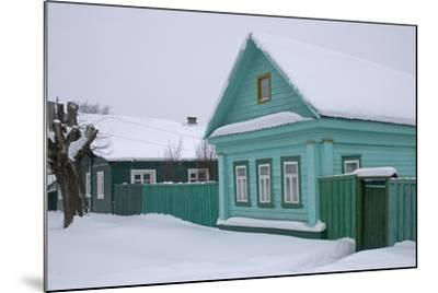 Traditional Wooden House, Pereslavl-Zalessky, Golden Ring, Russia--Mounted Photographic Print