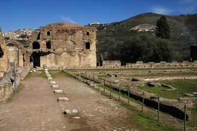 Hadrian's Villa, 2nd Century, Golden Court, Italy--Framed Photographic Print