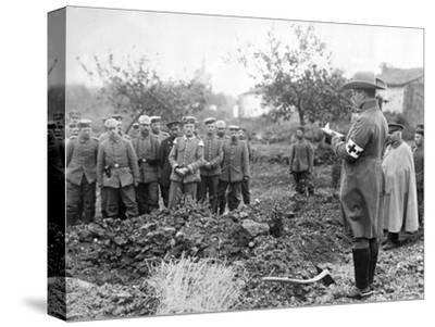 Burying the Dead, C.1914-18--Stretched Canvas Print