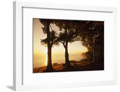 Sunset from Cliffs Above the Pacific Ocean at the Douglas Family Preserve-Macduff Everton-Framed Photographic Print