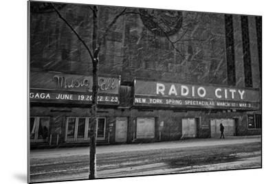Winter Storm Juno Arrives in New York City-Kike Calvo-Mounted Photographic Print