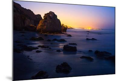 El Matador State Beach Near Los Angeles-Ben Horton-Mounted Photographic Print