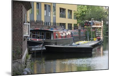 Canal Boats Along Regents Canal in London, England-Jeff Mauritzen-Mounted Photographic Print