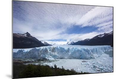 Los Glaciares National Park, Argentina-Peter Groenendijk-Mounted Photographic Print
