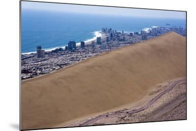 Iquique Town and Beach, Atacama Desert, Chile-Peter Groenendijk-Mounted Photographic Print
