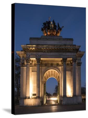 Exterior of Wellington Arch at Night, Hyde Park Corner, London, England, United Kingdom, Europe-Ben Pipe-Stretched Canvas Print