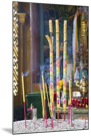 Phuoc an Hoi Quan Pagoda, Cholon, Ho Chi Minh City, Vietnam, Indochina, Southeast Asia, Asia-Ian Trower-Mounted Photographic Print
