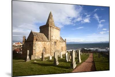 The Auld Kirk and Kirkyard on the Fife Coast at St. Monans, Fife, Scotland, United Kingdom, Europe-Mark Sunderland-Mounted Photographic Print