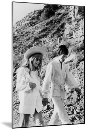 Singers Mick Jagger and Marianne Faithfull in San Remo January 29, 1967--Mounted Photo