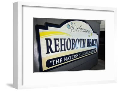 Rehoboth Beach, Delaware - Welcome Sign-Lantern Press-Framed Art Print