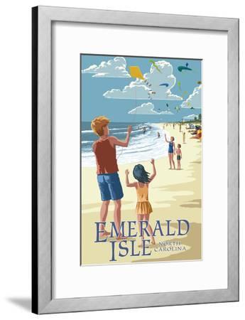 Emerald Isle, North Carolina - Kite Flyers-Lantern Press-Framed Art Print