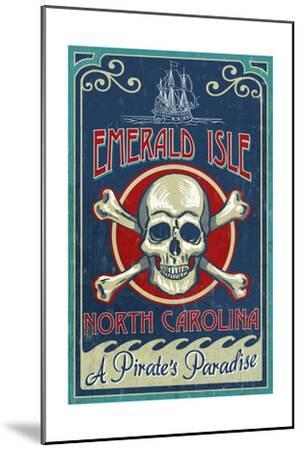Emerald Isle, North Carolina - Skull and Crossbones Sign-Lantern Press-Mounted Art Print