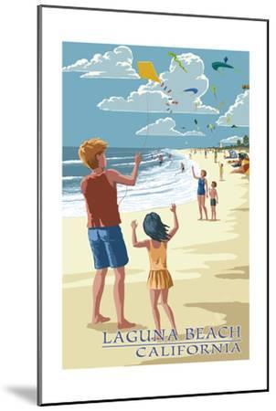 Laguna Beach, California - Kite Flyers-Lantern Press-Mounted Art Print