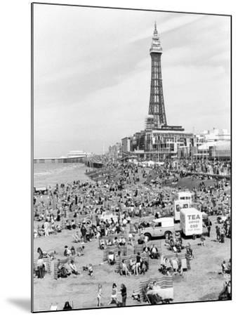 Blackpool tower, 1894-Unknown-Mounted Photographic Print