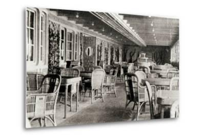 The Deck Cafe on the Titanic, 1912--Metal Print