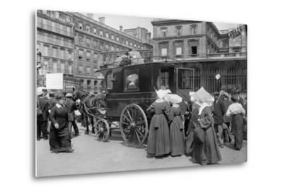 Sisters of St. Vincent de Paul Leaving, Gare de l'Est, Paris, 1914-Jacques Moreau-Metal Print