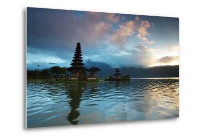 The Pura Ulun Danu Bratan Temple at Sunrise-Alex Saberi-Metal Print