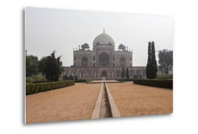 The Tomb of the Mughal Emperor Humayun, a UNESCO World Heritage Site-Jonathan Irish-Metal Print