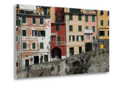 Buildings in Riomaggiore, One of Five Towns in the Cinque Terre-Scott S^ Warren-Metal Print