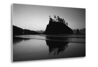 Sea Stacks, Second Beach, Olympic National Park, Washington, USA-Inger Hogstrom-Metal Print
