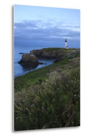 Historic Yaquina Head Lighthouse, Newport, Oregon, USA-Rick A^ Brown-Metal Print