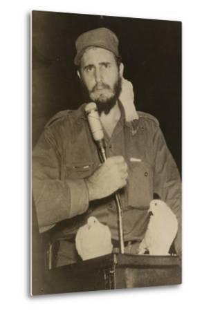 Fidel Castro--Metal Print