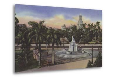 Parque Fraternidad, Estatua De La India, Fraternity Park, India Statue--Metal Print