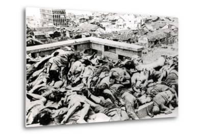 Victims of the Japanese Air Raid, Chungking, 1940--Metal Print