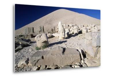 Colossal Heads and Tumulus of King Antioch I of Commagene, West Terrace, Nemrut Dagi--Metal Print
