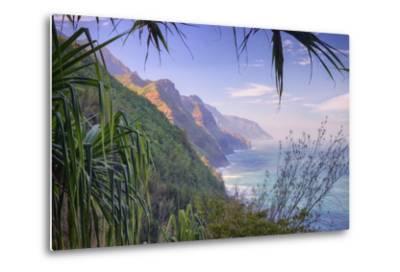 The Magnificent Na Pali Coast, Kauai Hawaii-Vincent James-Metal Print