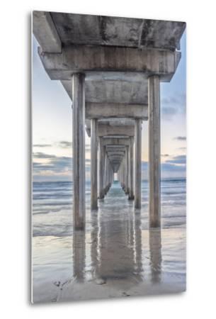USA, California, La Jolla, Scripps Pier-Rob Tilley-Metal Print