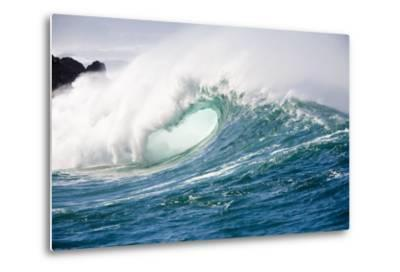 Breaking Waves at Waimea Bay, Oahu, Hawaii-Ron Dahlquist-Metal Print