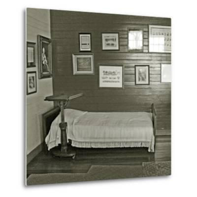 Robert Louis Stevenson's Sickbed with Writing Stand, Villa Vailima, Apia, Samoa--Metal Print