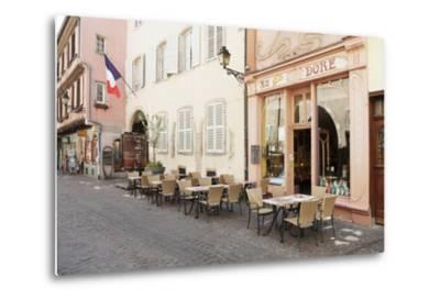Cafe Au Croissant Dore, Rue Marchands, Colmar, Alsace, France, Europe-Markus Lange-Metal Print