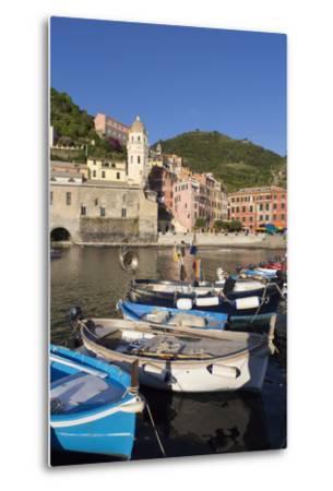 Vernazza, Cinque Terre, UNESCO World Heritage Site, Liguria, Italy, Europe-Gavin Hellier-Metal Print