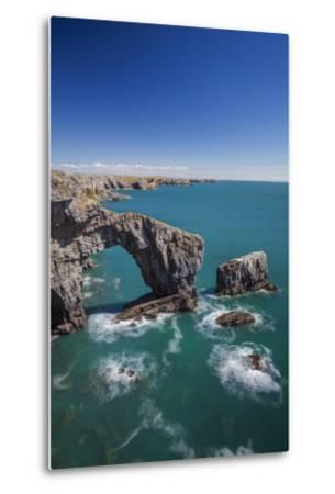 Green Bridge of Wales, Pembrokeshire Coast, Wales, United Kingdom-Billy Stock-Metal Print